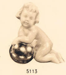 5113 cherub reclining on ball